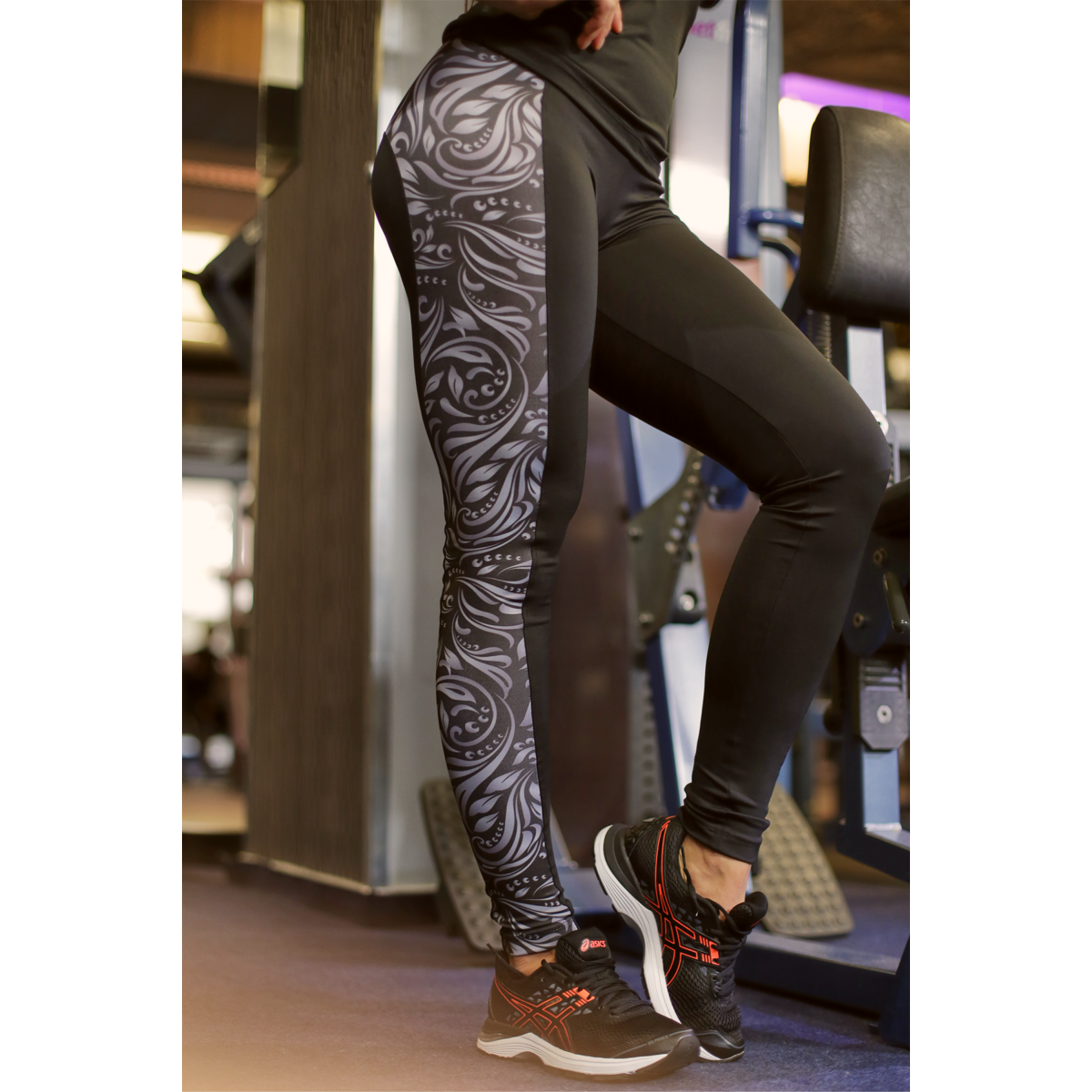 BLACK ELEGANCE WAVE LEGGINGS