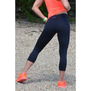 Fekete basic női fitness sport capri nadrág