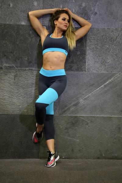 Szürke-menta basic női fitness szett, capri, top - CCK - COCKTAIL SPORT
